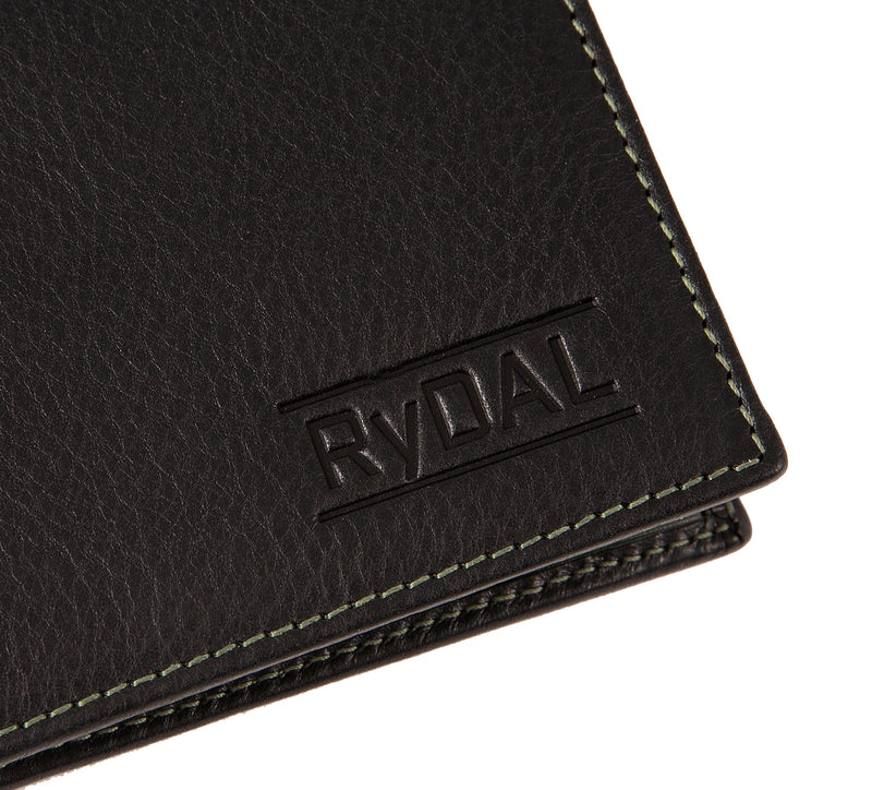 Solaia Mens Leather Wallet with Coin Pocket from Rydal in 'Black/Green' showing close up of logo.