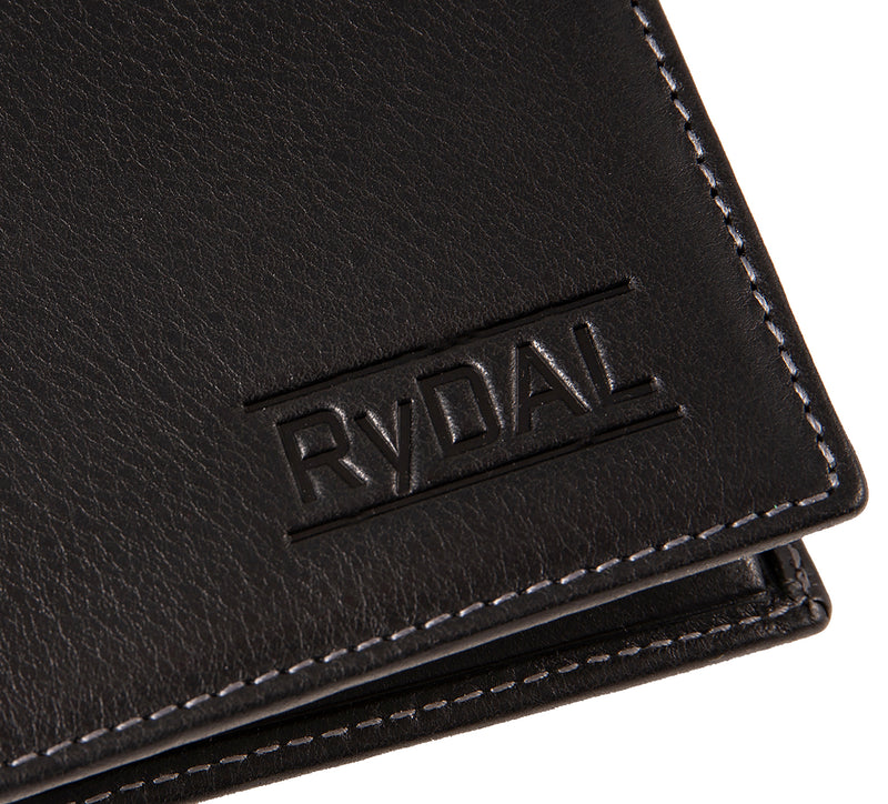 Solaia Mens Leather Wallet from Rydal in 'Black' showing close up of logo.
