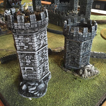 Load image into Gallery viewer, Winterdale - War Tower 28mm Wargaming Terrain D&D, DnD, Pathfinder, SW Legion, Warhammer, 40k, Sigmar