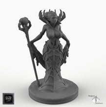 Load image into Gallery viewer, Spider Queen - EC3D Skyless Realms Wargaming Miniatures Monster D&D DnD Pathfinder SW Legion Warhammer