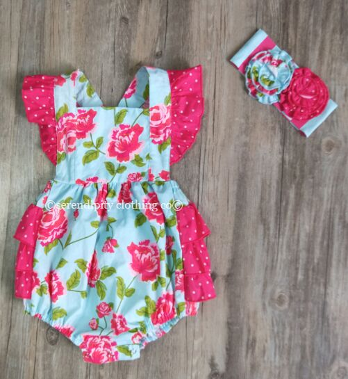 Serendipity Island Floral Bubble & Headband Set