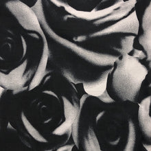 Load image into Gallery viewer, Mask - Black and White Roses
