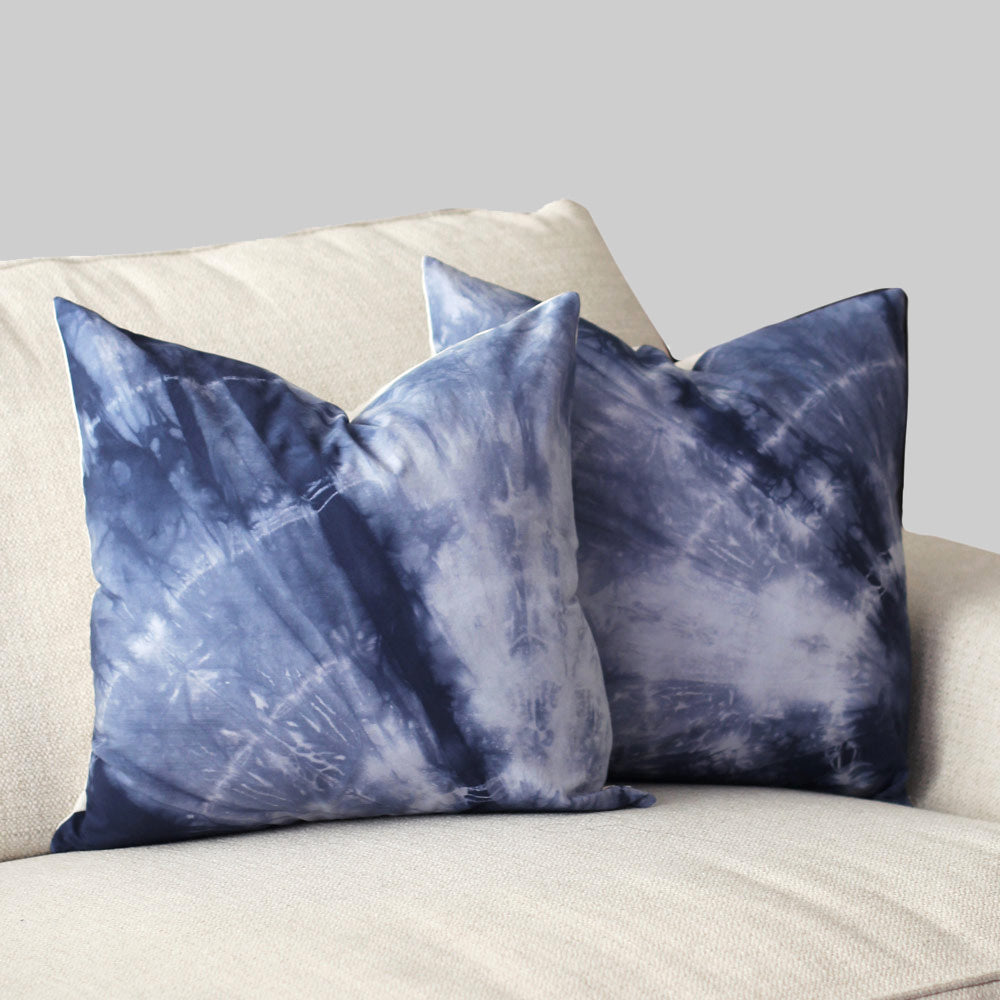 "Hand-dyed Blue Shibori 18x18"" Pillow Cover Set (2)"