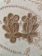 Load image into Gallery viewer, Hand Made Linen Lace Appliques