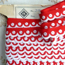 Load image into Gallery viewer, Turkey Red Polka Dot and Scalloped Vintage Trim