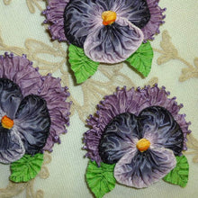 Load image into Gallery viewer, French Lavender Ombre Ribbon Pansy