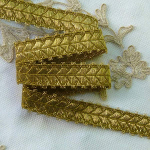 Gold METAL Trim with Fringed Picot Edges