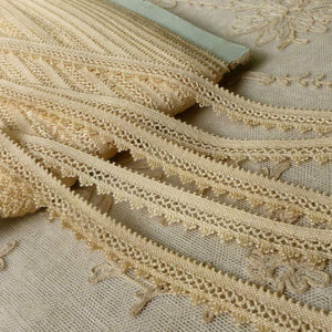 Antique Cotton Lace with scalloped fringed edge