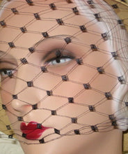 Load image into Gallery viewer, Vintage French Diamond Veiling