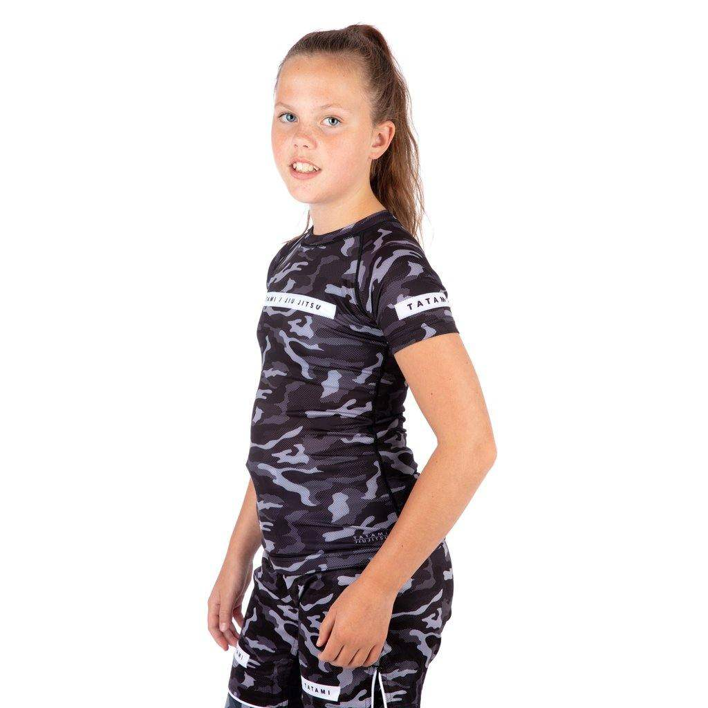 Kids Rival Black & Camo Short Sleeve Rash Guard - mmafightshop.ae