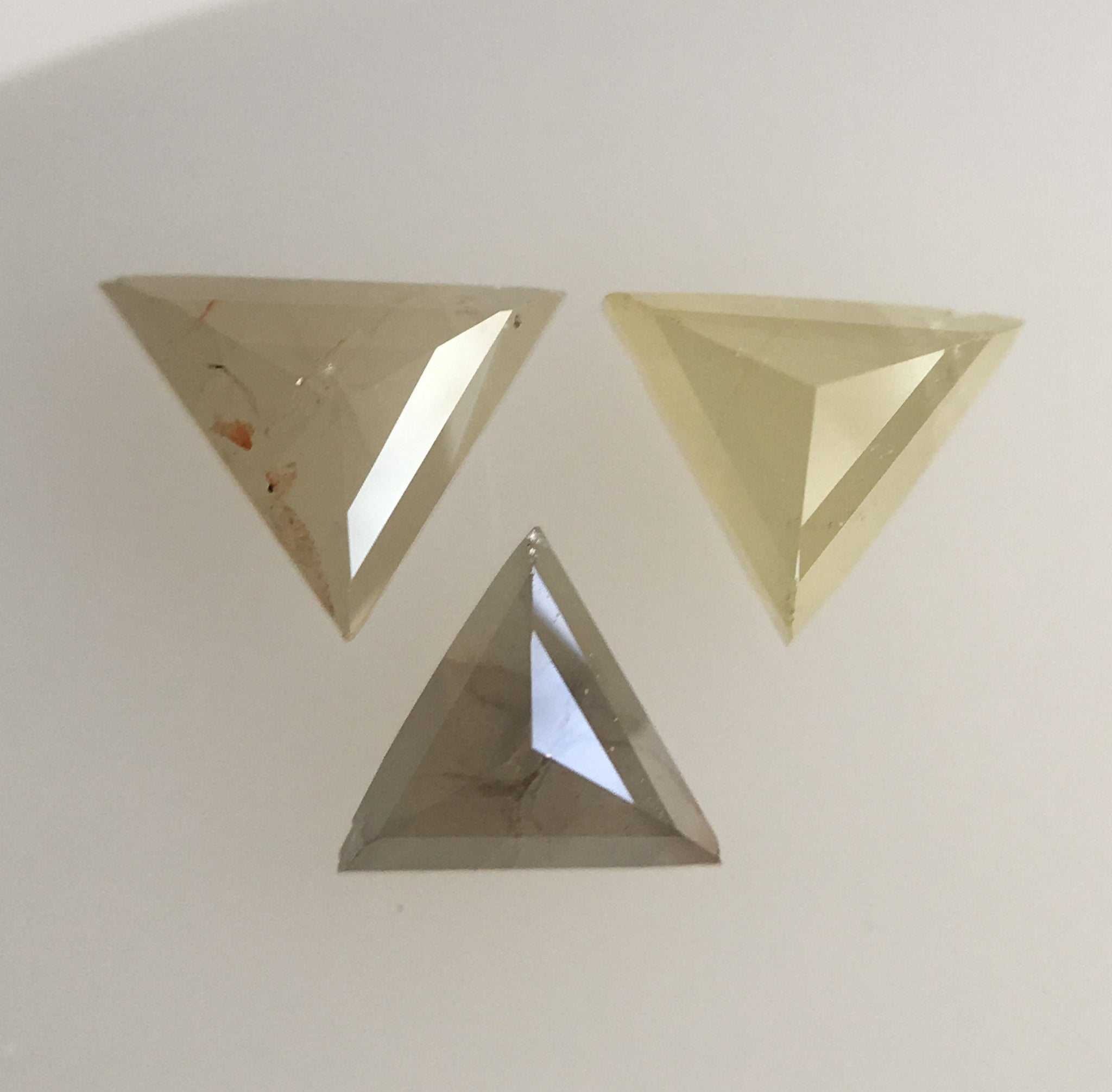 0.43 Ct Natural yellowish grey Color Triangle shape Loose Diamond 3 Pcs, 3.27 to 3.49 mm Excellent Natural Diamond quality SJ41/26 - Amba Jewel