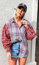Load image into Gallery viewer, DALLAS PLAID BUTTON DOWN