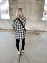 Load image into Gallery viewer, ASPEN PLAID BUTTON DOWN FLANNEL