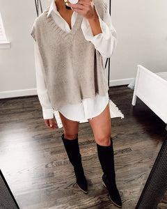 JONES SLEEVELESS KNIT SWEATER