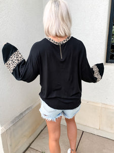 WILD SIDE BALLOON SLEEVE TOP