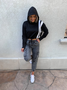 SHE'S ATHLETIC CROPPED COLOR BLOCK HOODIE PULLOVER