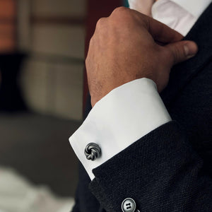 Cufflinks silver knot on sleeves