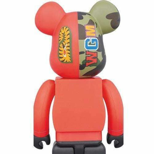 BAPE X 1000% Bearbrick (2017) - 1st Camo Shark Red