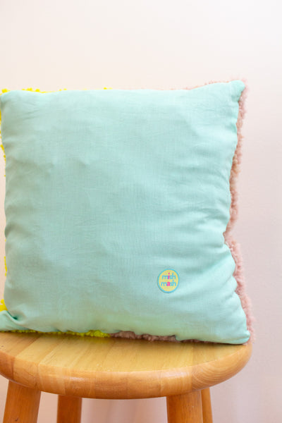 B R I G H T pillow no. 2