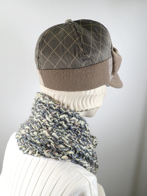 Gifts for her. Womens chunky crochet infinity scarf. Gray and cream neutral ladies scarf