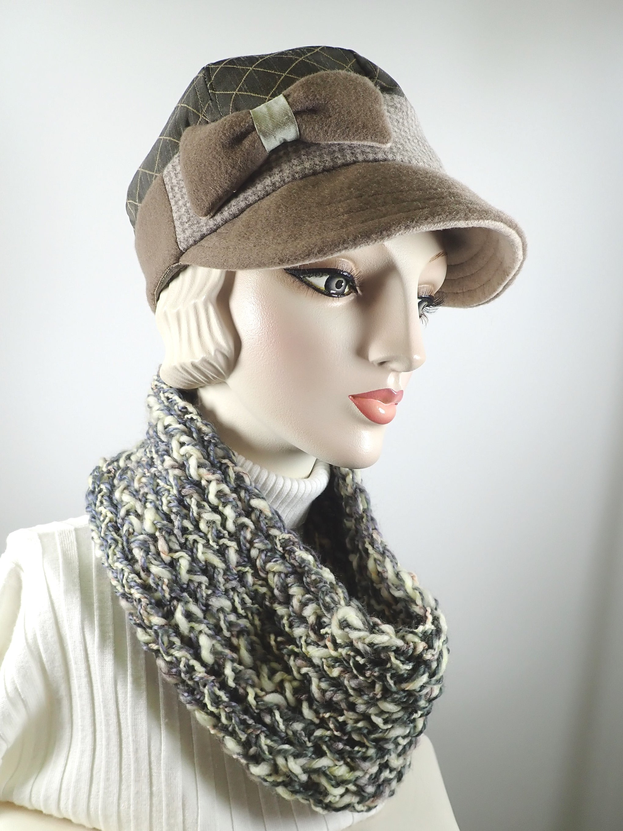 Chunky gray and ivory handmade infinity scarf