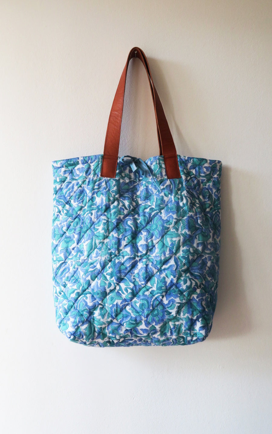 REVERSIBLE QUILTED TOTE BAG NO.81
