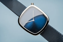 Load image into Gallery viewer, Bering Watch 18034-307