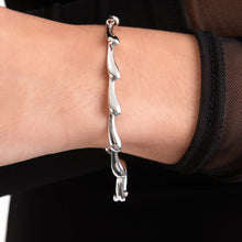Load image into Gallery viewer, Silver Continual Drop Bracelet DB2