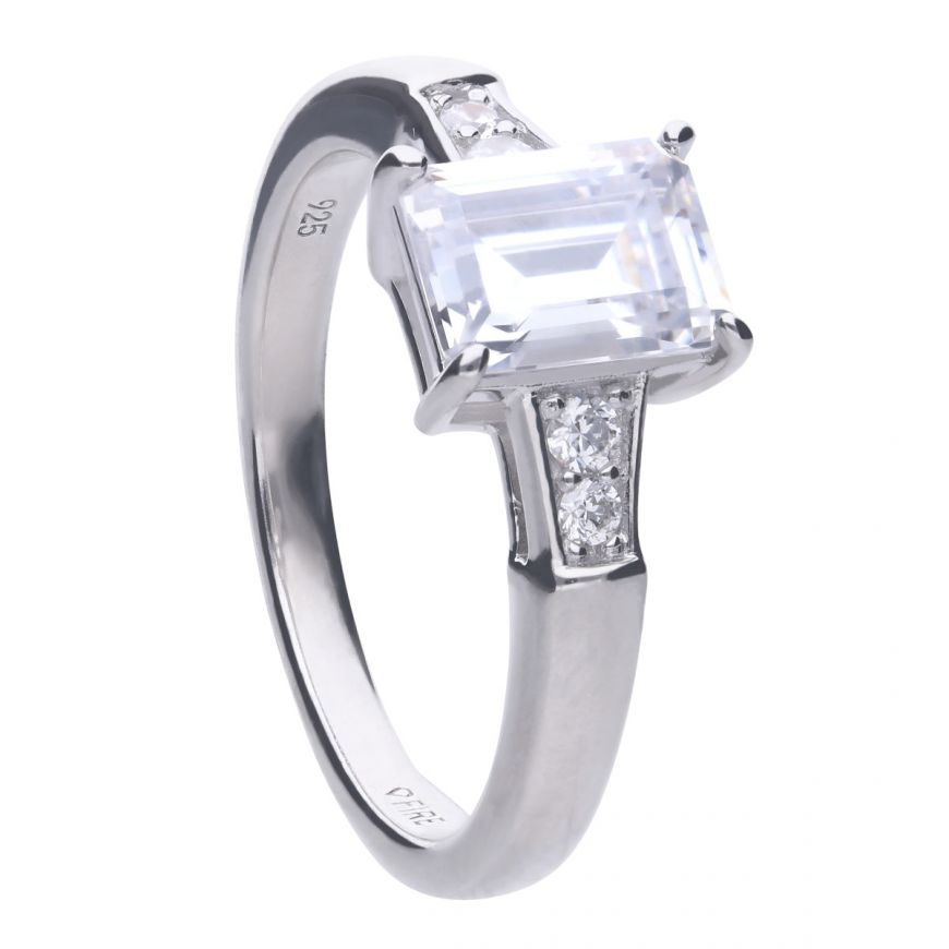 Emerald Cut Ring R3714