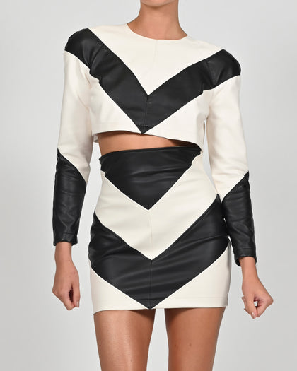 Lizzy Top in Black and Off White