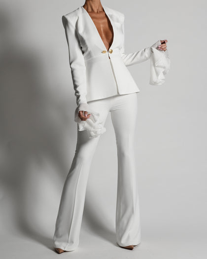 Harri Suit in Ivory