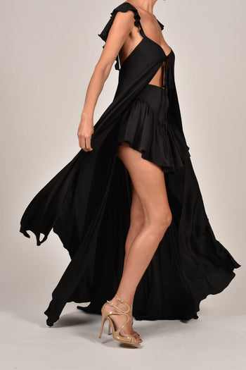 Krista Kaftan and Shorts in Black