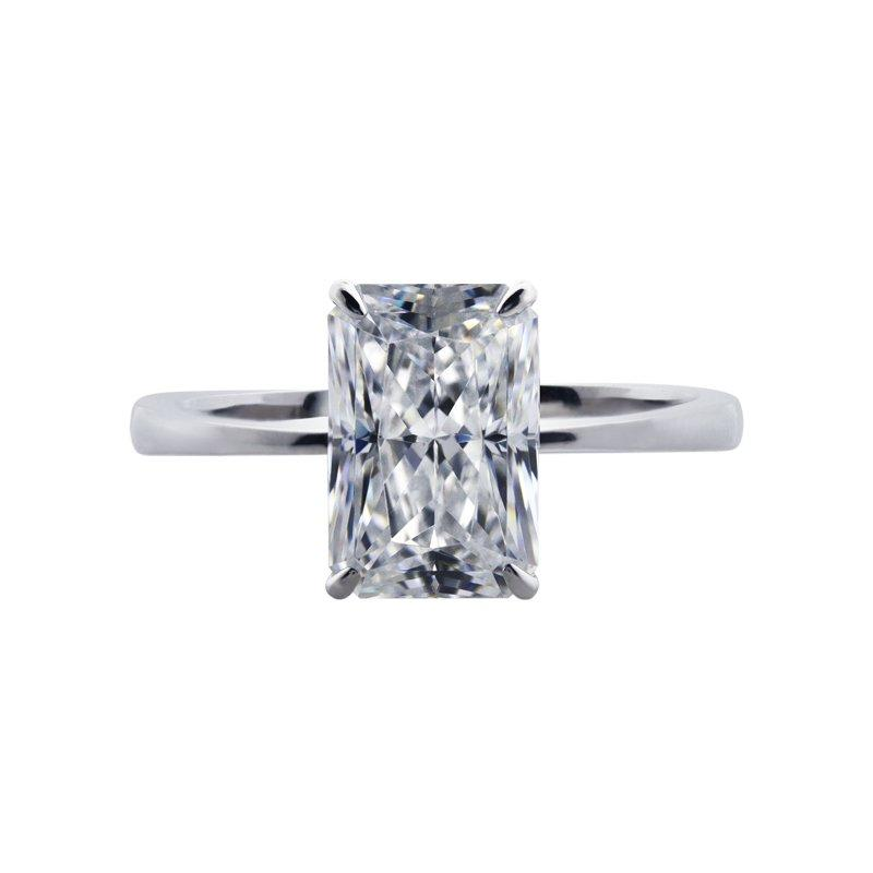 Knife Edge Radiant Cut Solitaire