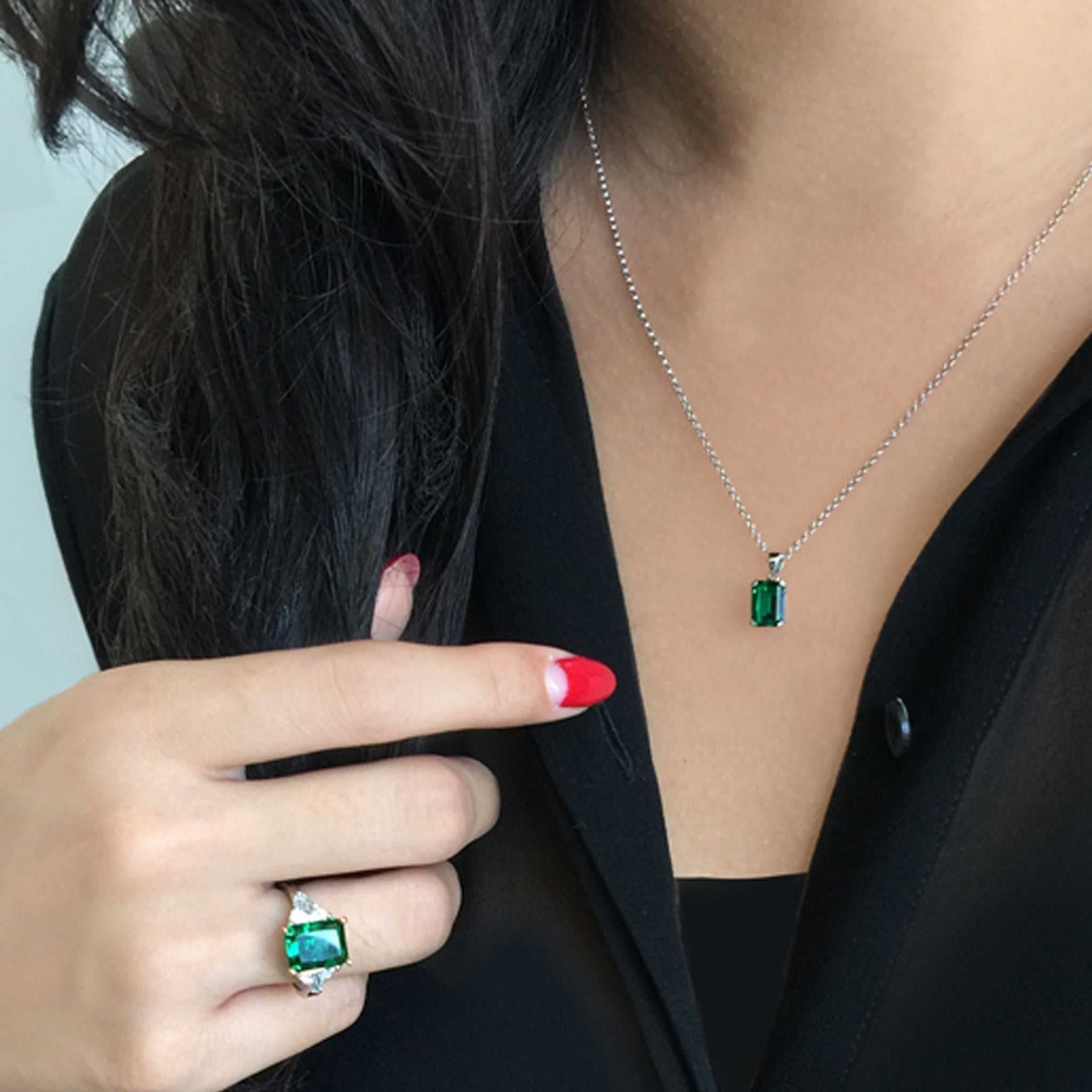 Emerald Solitaire Green Pendant