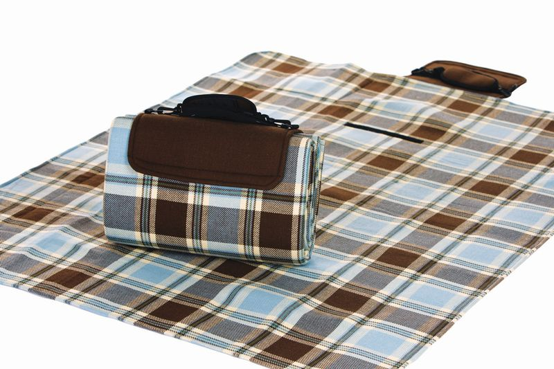 Posh Padded Picnic Blanket M5108 - Mocha Bliss