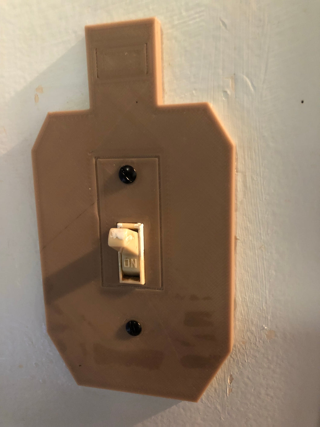 Pack of 2 Silhouette target light switch covers