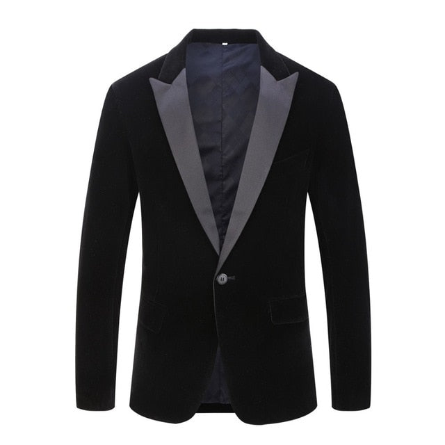 black-closure-lapel