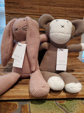 Load image into Gallery viewer, Zestt Organics Classic Knit Animals
