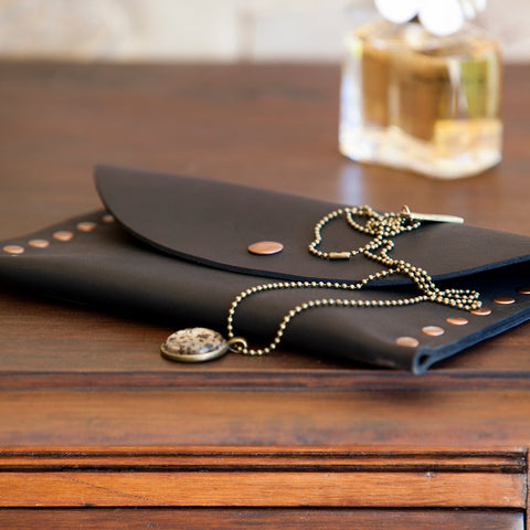Leather Clutch || simple style