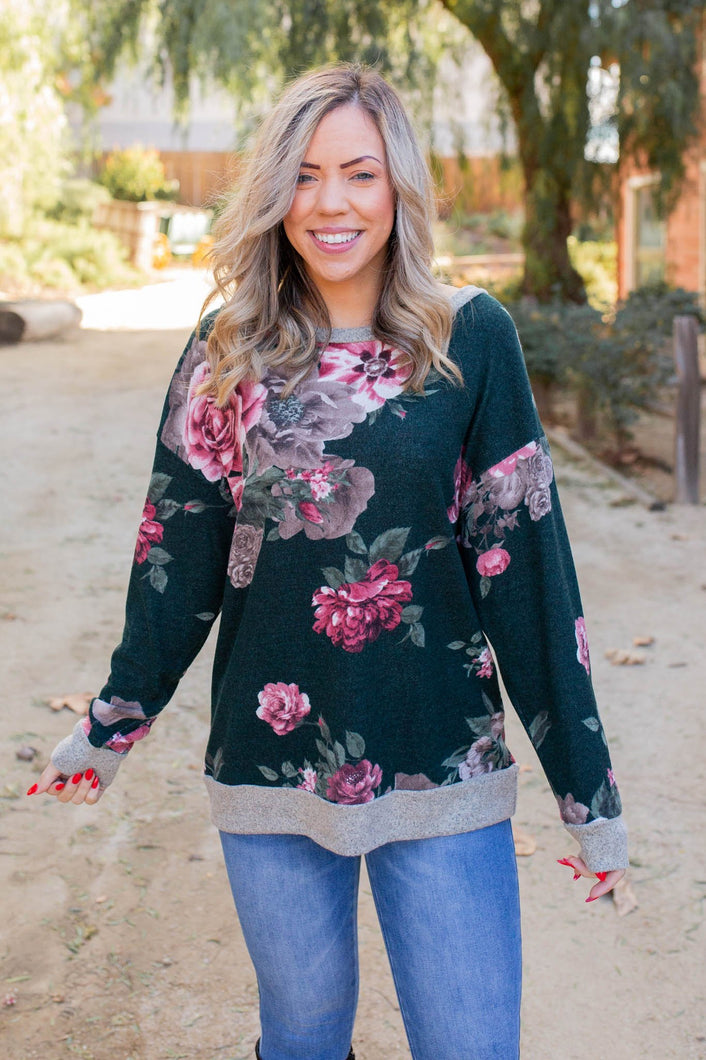 Take Me To Paradise Pullover - Onyx & Oak Boutique