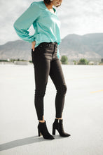 Load image into Gallery viewer, KanCan Notch Above Black Jeans - Onyx & Oak Boutique