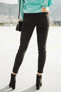 KanCan Notch Above Black Jeans - Onyx & Oak Boutique