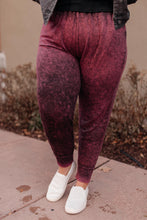 Load image into Gallery viewer, Cozy Joggers in Blackberry - Onyx & Oak Boutique