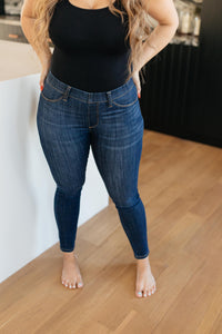Just In Time Dark Wash Jeggings - Onyx & Oak Boutique