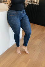 Load image into Gallery viewer, Just In Time Dark Wash Jeggings - Onyx & Oak Boutique