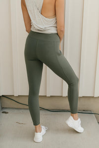 Kickin' It Leggings in Grey Sage - Onyx & Oak Boutique