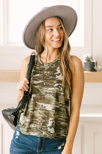 Marching in Line Tank - Onyx & Oak Boutique
