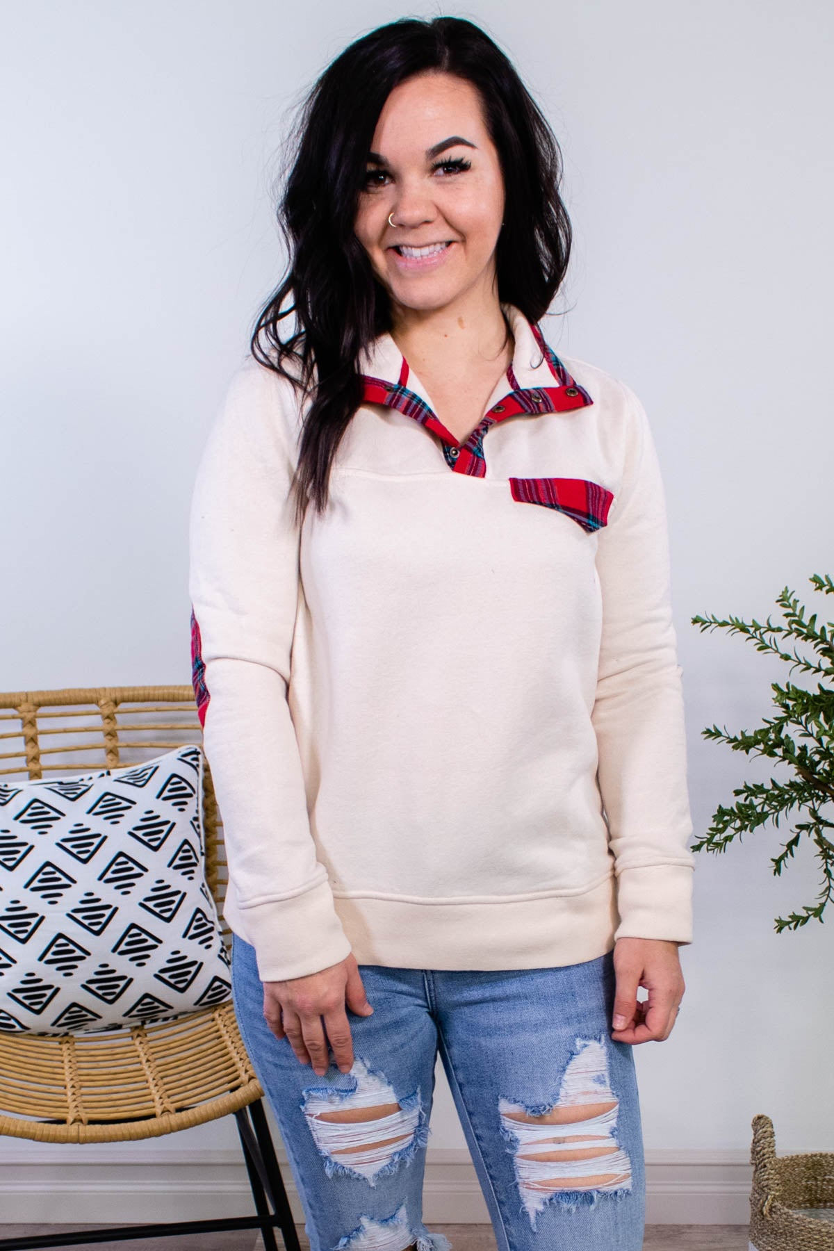Wonderful Time Fleece Pullover - Onyx & Oak Boutique
