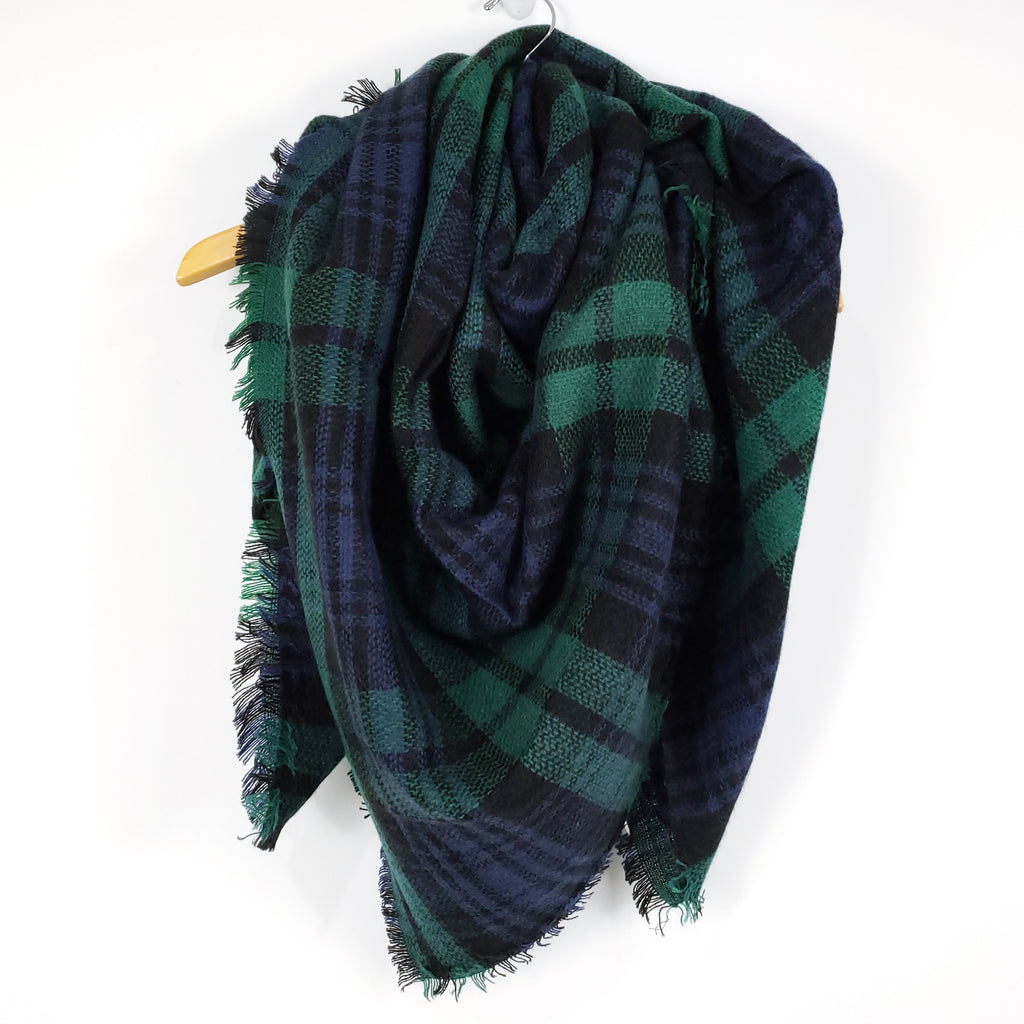Cozy at Heart Plaid Blanket Scarf (Green)