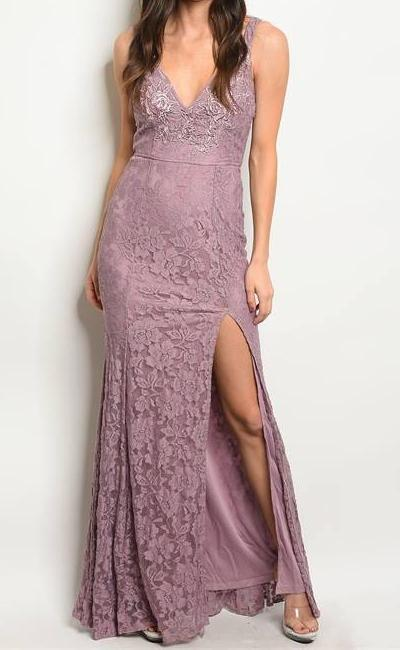OLIVIA FLORAL LACE SLIT MAXI DRESS (MAUVE)